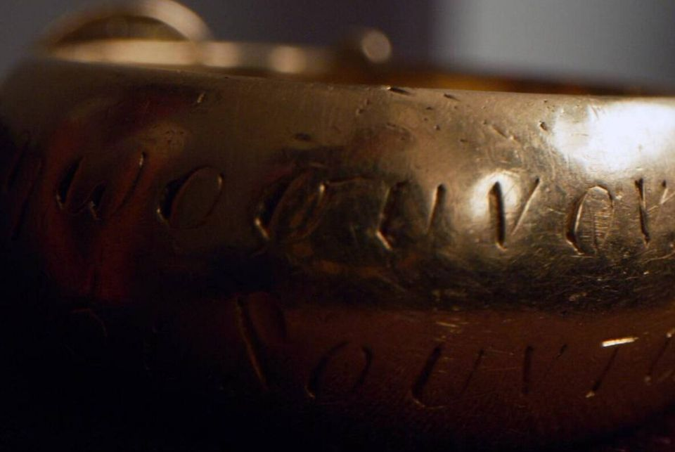 """How """"Indiana Jones of the Art World"""" recovered an Oscar Wilde ring stolen from Oxford University"""